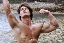 Jeff Seid / This is a real man.  Completely true to himself. Positive, inspirational, accepting, and not insecure about anything. He has a vision, and is proud of it.  I take my hat off to no one, except Jeff.   A diamond in the Matrix! <3