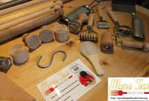 Pasta Equipment / Pasta Tools and Equipment for a Pasta Maker! Follow me on Pinterest and my cooking school Pasta-making tools and equipment - Mama Isa's Cooking School  Equipment Needed for Making Pasta  #cookingclass #pasta #mamaisacookingschool #venice #isacookinpadua  http://isacookinpadua.altervista.org/pasta-making.html