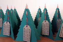 christmas mailer / christmas mailer ideas for B2B graphics.