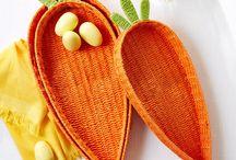 Košíky v tvare mrkvy-pletené z papiera