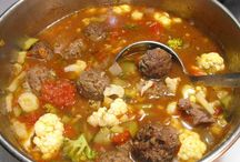 Paleo soups and stews / by Christine Dattilo