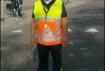 Verkeersregelaars gezocht / Verkeersregelaars gezocht: 100% zekerheid en veiligheid bij Emdo verkeersregelaars. www.verkeersregelaarsinhuren.nl / www.verkeersregelaarstilburg.nl.  06-41863910