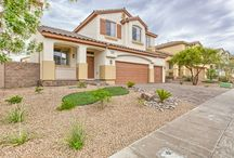 Front View of Las Vegas Homes / All the beautiful views of Las Vegas homes