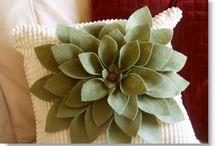 crafts / by Jenna MacDonald