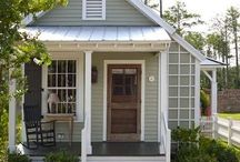 Fab Exterior Paint Colors / It's always helpful to take a look at the finished product and learn from other's paint choices.  www.academyrealty.com