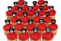 kiss / by Bakery Crafts