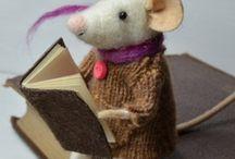 Мышки и другие валяные игрушки.