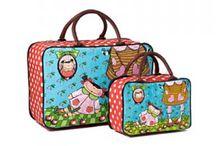 Maletas y maletines niños y niñas / Os presentamos nuestra maleta de  fin de semana para llevar las cosas del bebé o la bebé y los juegos de maletines portatodo para guardar nuestros pequeños recuerdos o pequeños tesoros. No te los pierdas.