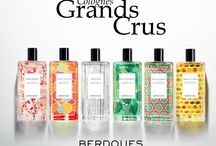 Berdoues Grands Crus / « Not every wine is a Grand Cru. The same is true of perfumes. » The quest for the finest raw materials that the Earth has to offer, using the unique skills of our perfumers, has given birth to the exceptional 'Colognes Grands Crus' collection. Thanks to an extended maceration, each Cologne releases its extraordinary character. The quality of the selected essences added to their concentration guarantee an outstandingly long-lasting Cologne.
