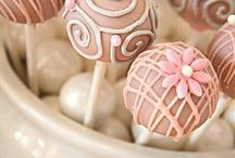 Cake Pops / by Florica Micu
