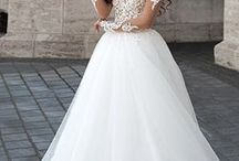 Menyasszonyi ruhák Ginának