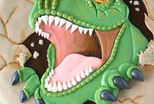 Cakes: Dinosaurs, Dragons and Monsters
