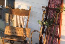 Porch Sittin / by Kristen Metzler