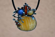 neclaces / tinned original jewelry with semiprecious stones and minerals