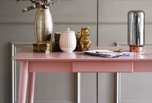 Dulux Colour of the Year 2018 / Dulux has announced their 2018 Colour of the Year to be 'Heart Wood' - a warm neutral pink with hints of heather. Take a look at these images and student scheme boards inspired by their new shade. Which room would you paint pink?