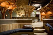 interior / bar