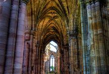 Eildon 1 - Melrose Abbey