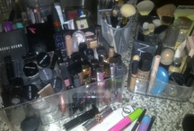 I'm a makeup junkie...and all things beauty / by Lisa Carbone