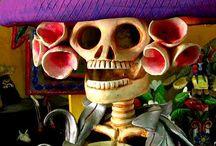Dia de los Muertos Inspirations / Dia de los Muertos images and folk art that inspires me.