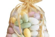 WEDDING FAVORS / by Judy Doyle