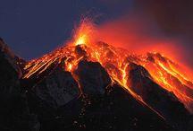 Volcans du monde / volcans en éruption
