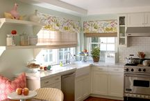 Kitchen / by Katherine Webb
