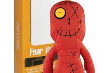 PELUCHE FEAR HUNTERS- cacciatori di paure / Simpatici peluches che rilasciano olii essenziali in grado di calmare il bambino e di ridurre ansie e paure.
