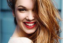 Saç Bakımı / A'dan Z'ye tüm saç tipleri ve sorunları için en etkili saç bakım yöntemleri.