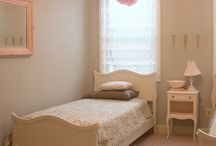 Kids rooms / by Melissa Bento