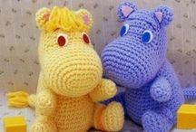 Crochet figures / Teddybears, dolls aso