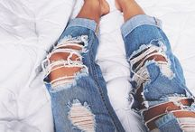 Outfits jeans strappati