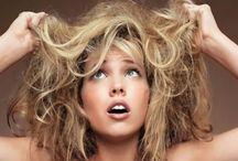http://www.hanahanif.com/2017/07/cara-merawat-rambut-kering-dan-kusam.html