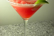 Cocktails & Mocktails / by Rebecca Ruby