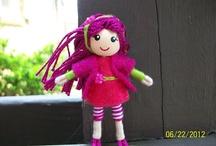 Bendy dolls, peg dolls / Pocket size friends