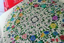JardimSecreto @terapiacompinturas / Fotos das diversas pinturas do Jardim Secreto e outros.