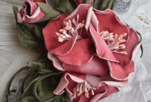 Цветы из кожи и ткани