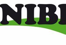 ANIBIO :) / La calidad es más importante que la cantidad. En principio, cada uno de los productos de ANIBIO se desarrolla y se testa en colaboración con veterinarios, antes de introducirlos en el mercado. Además, todos los productos reciben un tratamiento especial. En este proceso se bioenergetizan los ingredientes, lo que significa, que se dotan mediante vibraciones con ciertas informaciones benéficas adicionales. (vibraciones como se encuentran en la homeopatía o en las Flores de Bach).