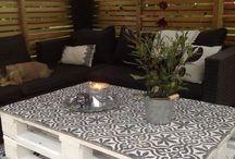 Table de salon extérieur