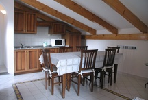 Apartment 6 / Three rooms with 5 beds (1 double bed, 2 single beds and a sofa bed), entrance, kitchen, living room, 2 bedrooms, 1 bathroom.