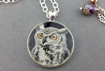 Art Jewelry / Handmade Miniature Paintings to wear & cherish by Judy Hamilton.  www.beadtree.net