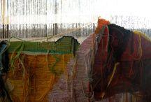 """Storie di fili ed arte / Immagini originariamente pubblicate su facebook come parte della mostra """"Storie di fili, il cuore, la città, il mondo"""", ormai conclusa. La bacheca vuole tenerne traccia e continuare il dialogo che abbiamo intraprese tra arte, fili, tessuti, tessitori... di storie, di immagini."""