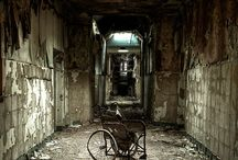 Abandoned Structures / by Christy Bowen