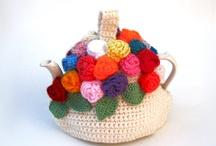 Adorable Tea Pots ❤️ / 💜 / by Lyn Wong