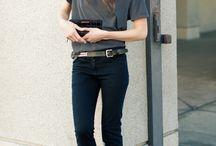 Jeans + tee shirt