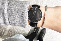 daniel wellington black watch