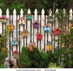 Cute Ways to use Bird Houses / Houses don't have to be just for the birds! Check out these cool ways to make or display bird houses for fun!