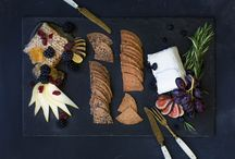 Entertaining / Fun ways to entertain with food and drinks - with a focus on crackers.