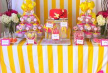 Cakes & Cupcakes / by Jane Smith