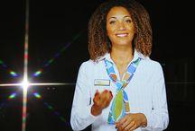Digitale dienstverlening met hart en ziel  / Gemeentelijke (e-)dienstverlening heeft hart en ziel! Daarnaast biedt het efficiency en effectiviteit.   Dit bord laat zien hoe je dit vorm kan geven. Dit bord is uitgewerkt op basis van de Innovatie Estafette KINGCONGRES 2014.  Meer informatie op www.kingcongres.nl.