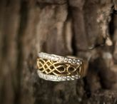 Claddagh & Celtic Rings / Stunning Lifestyle shoot by Claddagh Jewellers